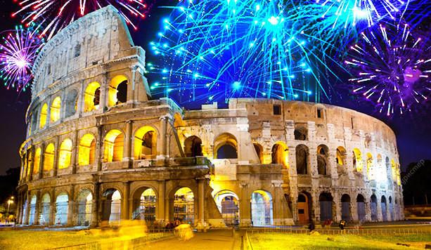 Новый год в Риме - огни Колизея