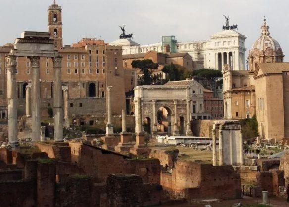 Римский форум, декабрь
