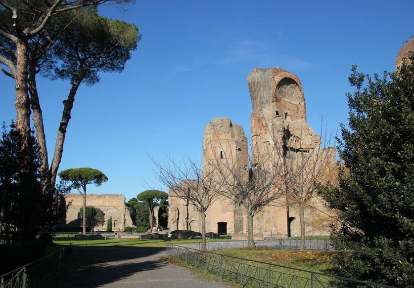 Термы Каракаллы в Риме в декабре