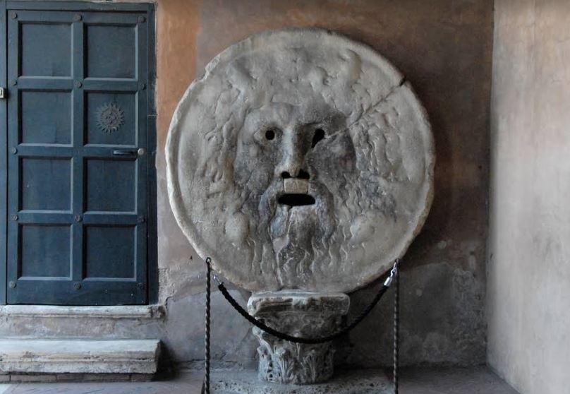 Уста истины - достопримечательность столицы Италии