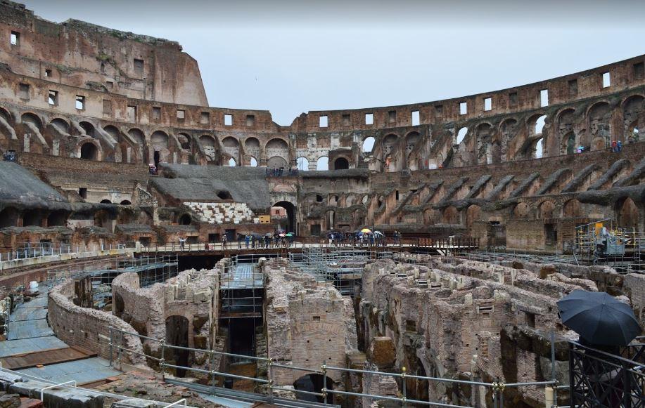 Арена Колизея вблизи