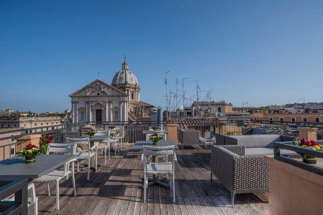 Терраса 4-звездочного отеля Martis Palace в Риме