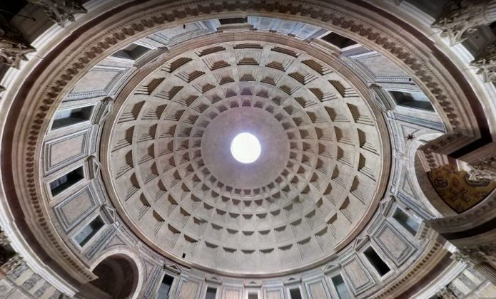 Купол Пантеона и окулюс