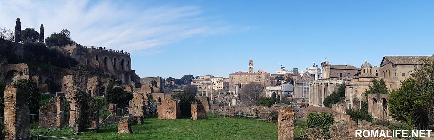 Панорамное фото Римского форума