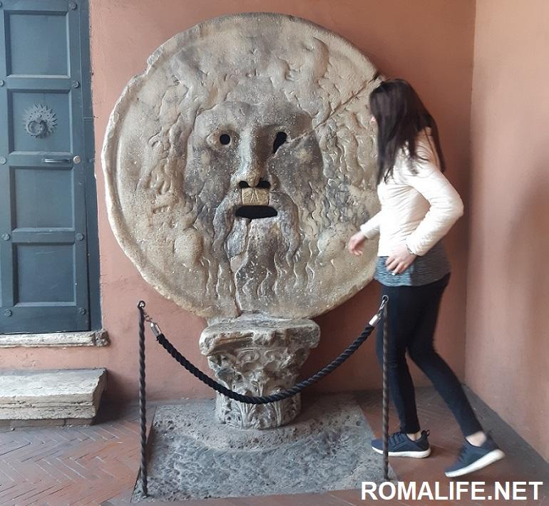 Уста Правды - Рим бесплатно