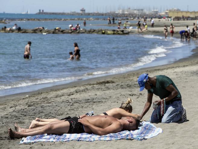 Пляжный сезон в Риме 2020