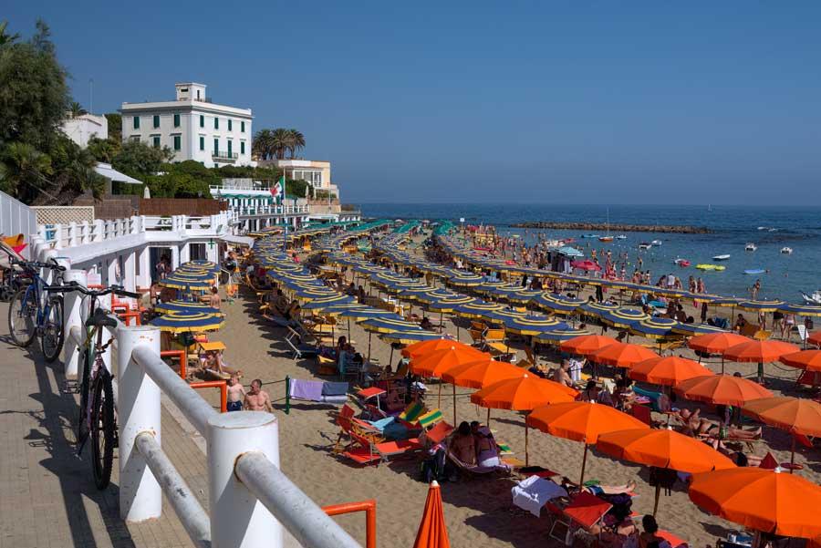 Римский пляж Санта-Маринелла