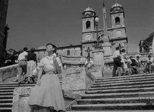Одри Хепберн на Испанской лестнице