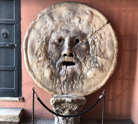 Уста Правды в Риме