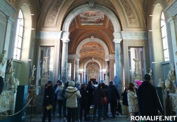 Галереи в музее Ватикана