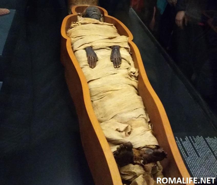 Мумия в Григорианском Египетском музее Ватикана