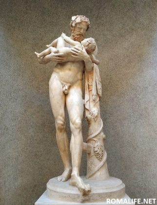 Статуя в Ватиканском музее